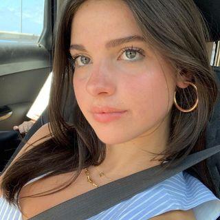 Veronicaaa Bello