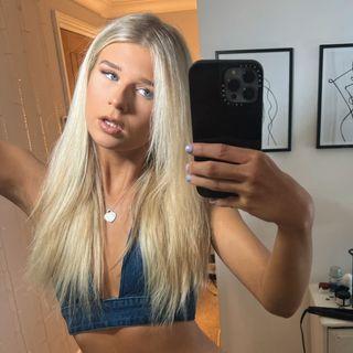 Elizxbeth White