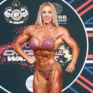 Barbell Muscle Barbie