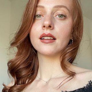 Laura Zakowski