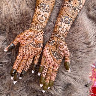 Hums Henna