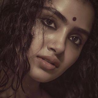 Anupama Parameswaran 96