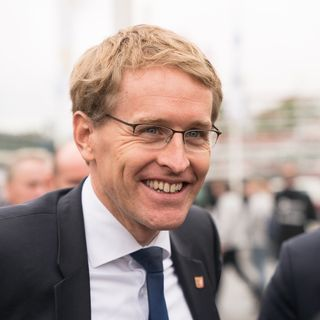 Mp Daniel Guenther