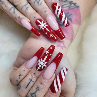Nails 9743