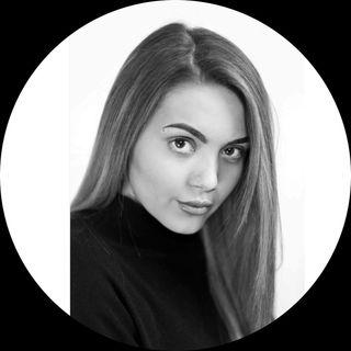 Jessicajonesacrobatics